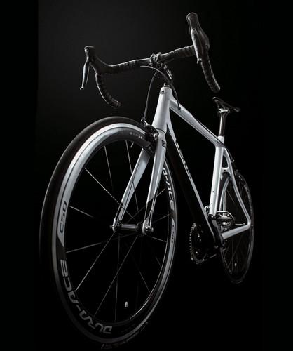 lexus-F-sport-3