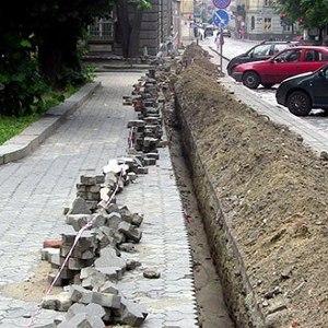 Велосипедна доріжка на вулиці Коперника знову на ремонті
