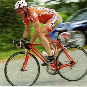 Велосипедист виграв суд або перший попереджувальний сигнал водіям