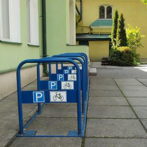 На Площі Ринок встановлюють ще 7 велопарковок