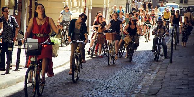 ТОП-5 ініціатив, які заохочують пересідати на велосипеди